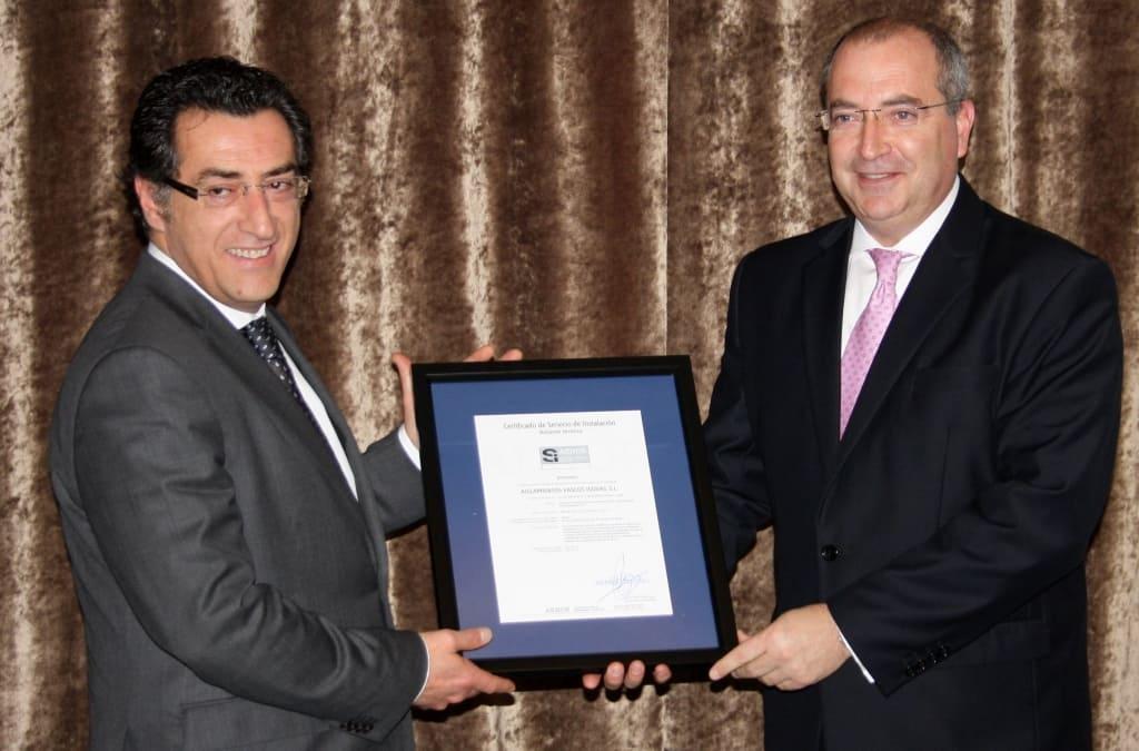 Entrega certificado Aislamientos Vascos Isovas